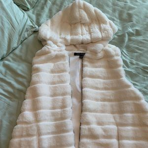 Super Warm White Fluffy Vest size XL